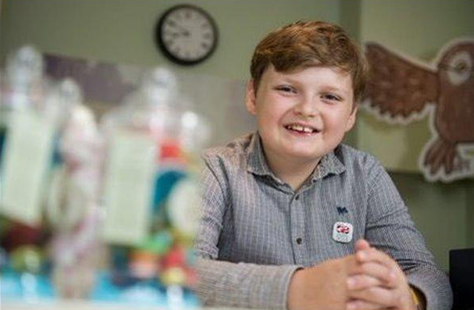 11岁男孩互联网上年赚60万